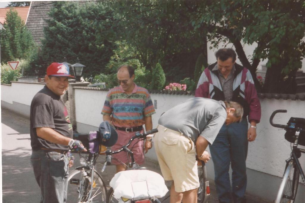 1996 08 25  Reifenpanne Kassier -Radltour -Sixtnetgern
