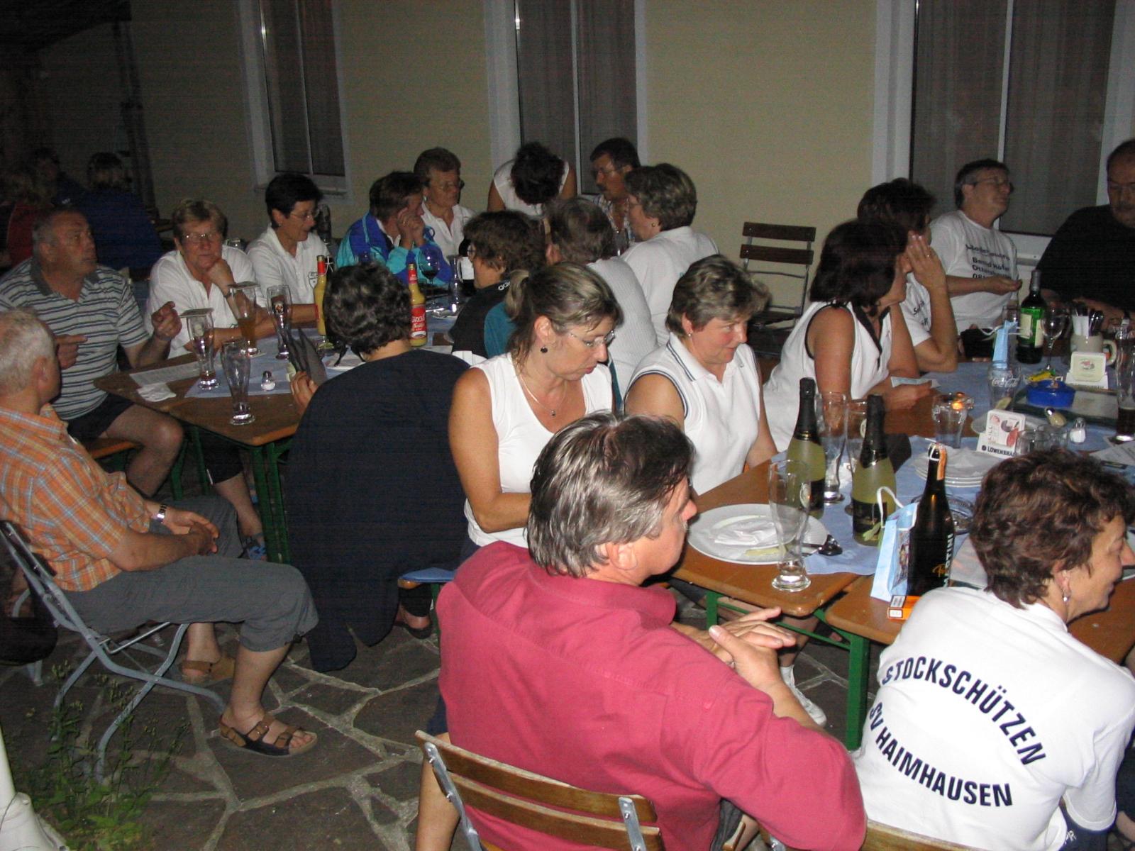2005 06 24 Sieger Ehrung im Biergarten der BGS