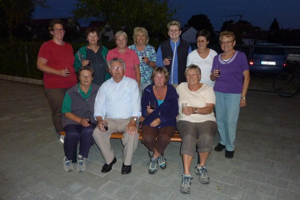2013- 07- 30_02 da Sepp und seine  EC Damen